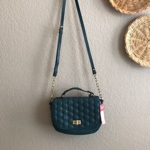 Merona NWT green crossbody quilted purse